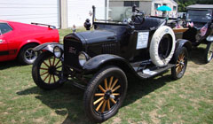 Put-in-Bay Antique Car Parade